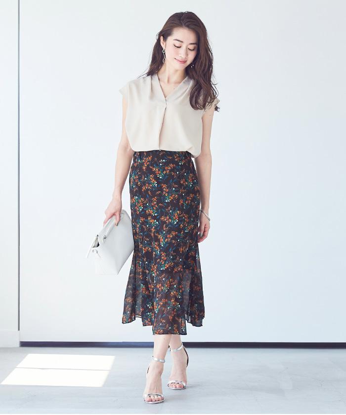 小花柄マーメイドスカート1