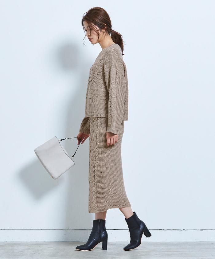 ケーブル編みタイトスカート2