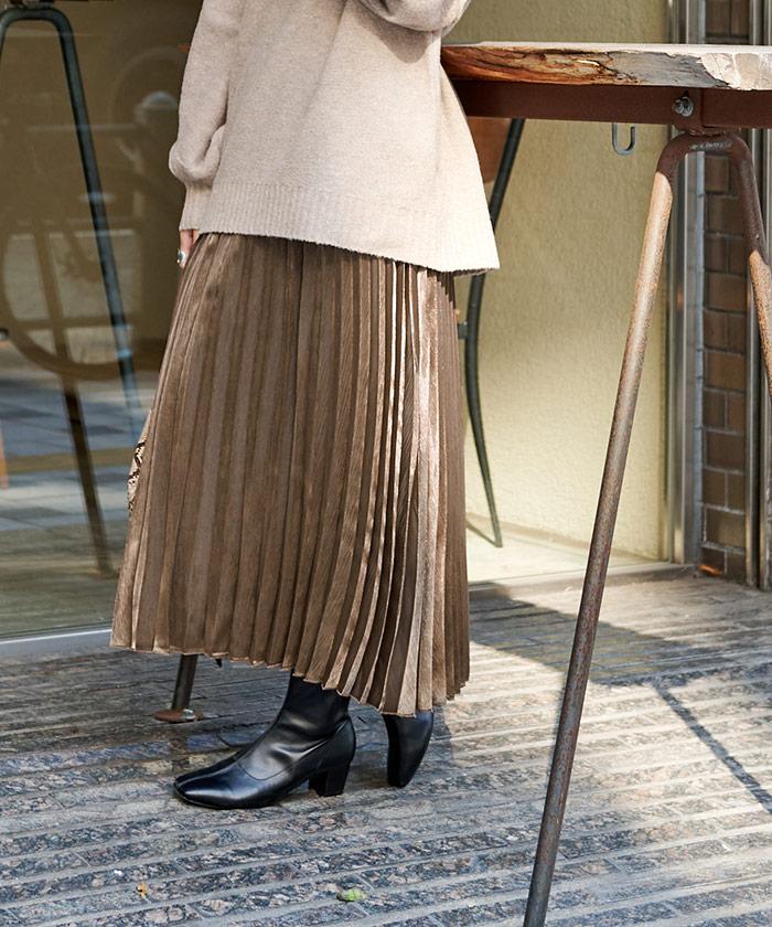 シャイニープリーツスカート3
