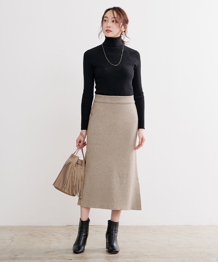サイドスリットニットスカート1